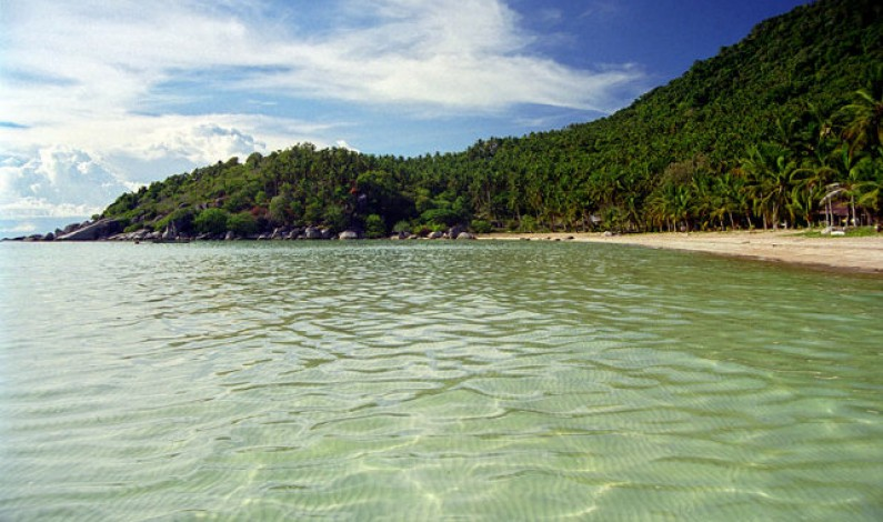 Offbeat Traveler: Green sands of Sairee-Beach in Thailand