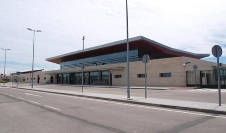El PP critica a Marañón por su negociación unilateral del aeropuerto