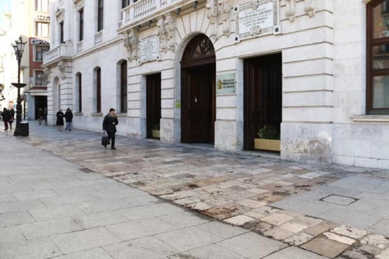 La Diputación instará a paralizar las medidas que puedan suponer un pago por uso en la red de carreteras del Estado