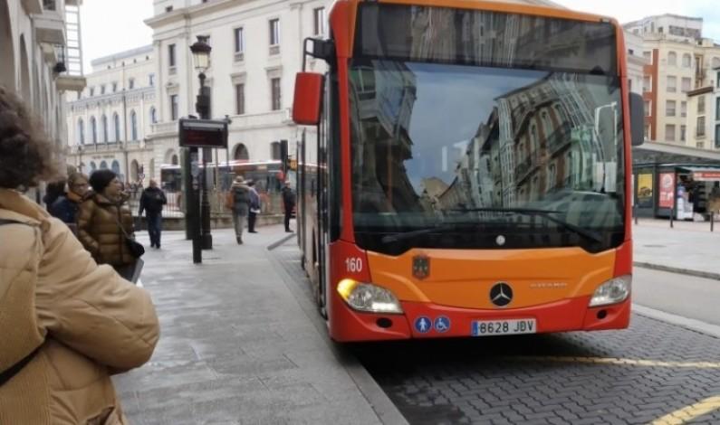 Nuevos horarios y normas de uso en los autobuses municipales a partir de hoy con la entrada en vigor de la Fase I