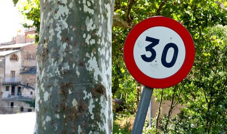 Confusión en el artículo de la Ordenanza referido al tipo de vías limitadas a 30 km/h