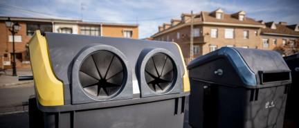 El PP plantea adherirse al proyecto 'Reciclos' para el incentivo del reciclaje de latas y botellas de plástico