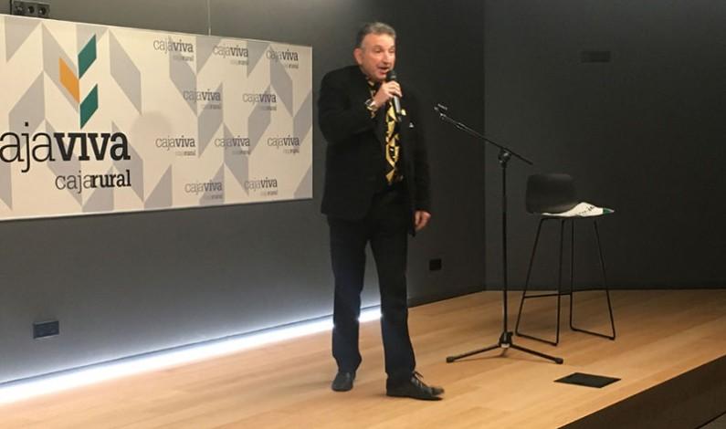 El burgalés José Antonio Mena, Toñín, ganador del Premio del Público del II Concurso de Monólogos Fundación Caja Rural Burgos