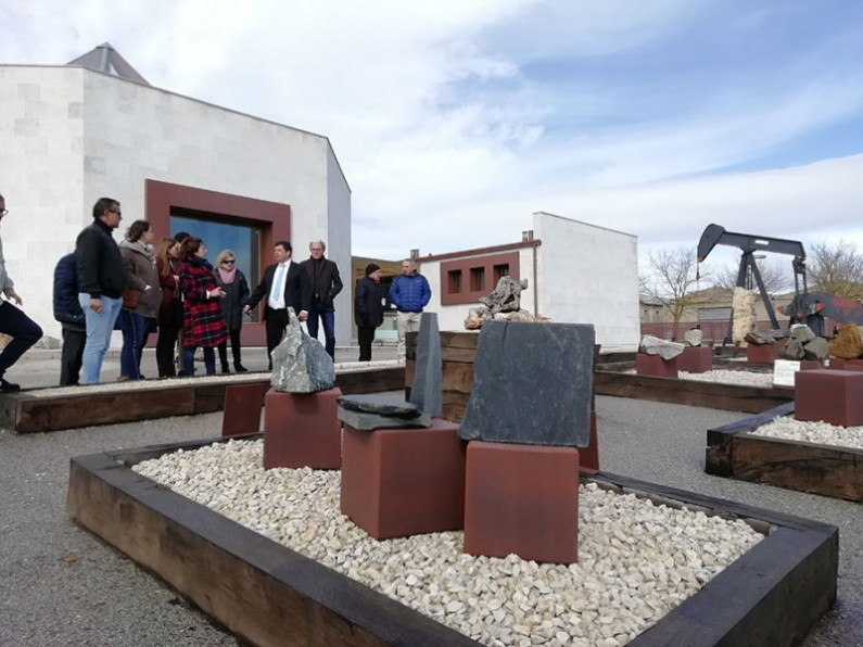 La exposición «Tumbas de Gigantes» da a conocer el importante patrimonio cultural megalítico de la provincia de Burgos