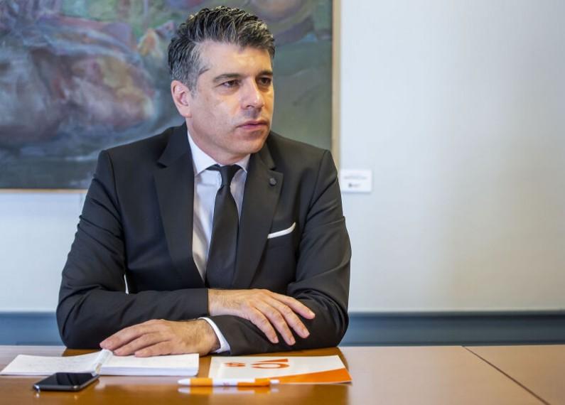 Vicente Marañón: «El cribado masivo no restará recursos ni materiales ni humanos a la asistencia sanitaria ordinaria»
