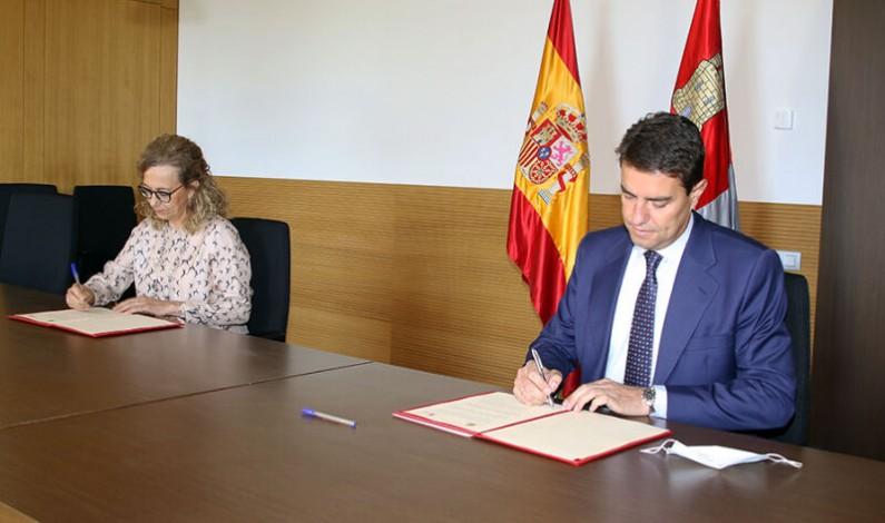 La Junta de Castilla y León y la Fiscalía de la Comunidad firman el convenio en materia de formación para el año 2020