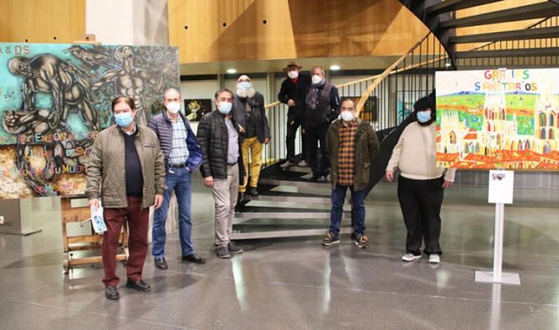 «Camino de pétalos al viento», la exposición que recoge un homenaje a los sanitarios de Burgos y su provincia