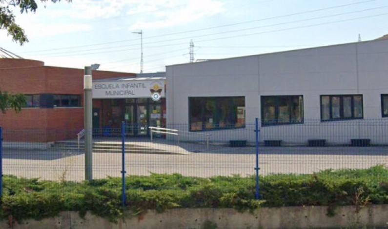 Cierre de un aula de la Escuela Infantil José Antonio Rodríguez Temiño en Villalonquéjar