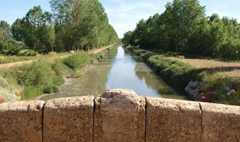 Las Cortes respaldan, por unanimidad,  el compromiso de la Junta con el Canal de Castilla