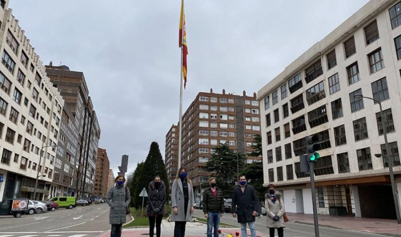Blasco destaca la necesidad de celebrar la Constitución cada día y critica el silencio cómplice del PSOE que permite despedazar España