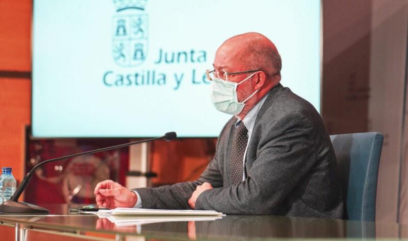 Igea «Si iniciamos la carrera autonómica por solitario para la vacunación, será el fin»