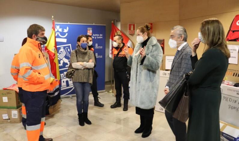 La Junta proporciona material a la Protección Civil de Burgos