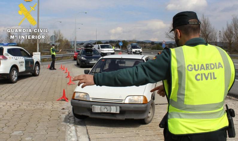 La Guardia Civil realizó 910 pruebas de alcoholemia y 30 de drogas durante el pasado fin de semana