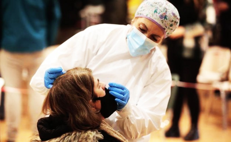 La Covid deja 215 nuevos casos y seis fallecimientos en la Comunidad