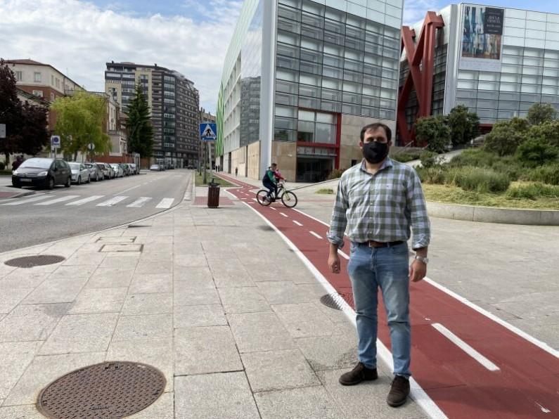 Berzosa:»El desbarajuste del PSOE con la movilidad supera el peor pronóstico»