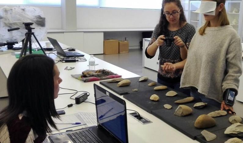 Analizan las relaciones entre la forma de la industria paleolítica y los niveles de atención durante su exploración táctil
