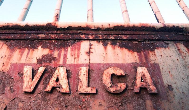 La Junta retirará los residuos de la fábrica Valca de Sopeñano de Mena
