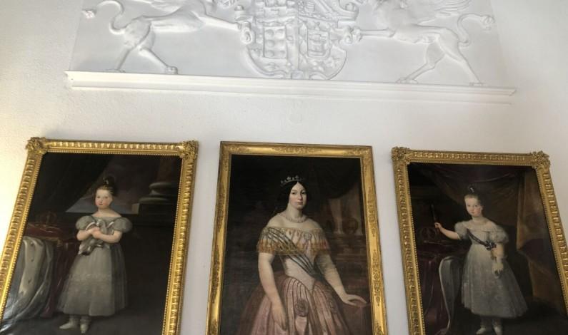 El Instituto Municipal de Cultura y Turismo presenta dos cuadros restaurados de Isabel II de niña