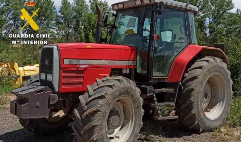 La Guardia Civil detiene a una persona por estafa en la venta de vehículos agrícolas