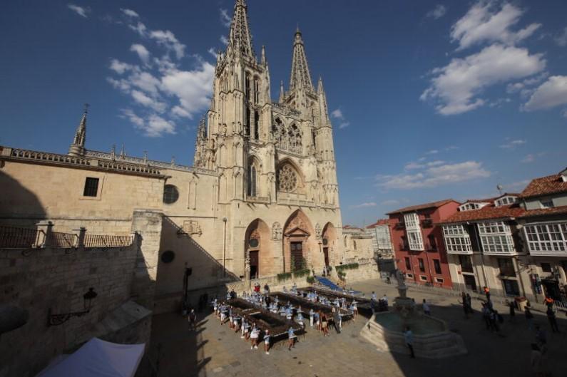 La Catedral de Burgos celebra su VIII Centenario con 800 velas