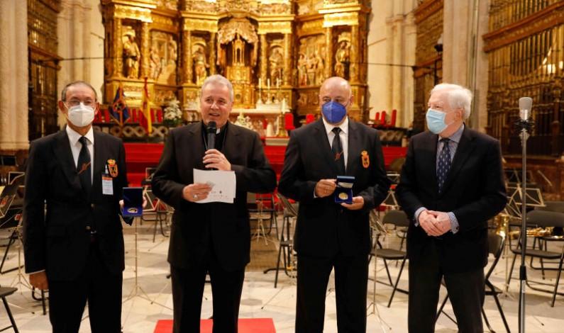 El VIII Centenario de la Catedral de Burgos recibe a los veteranos de las Fuerzas Armadas