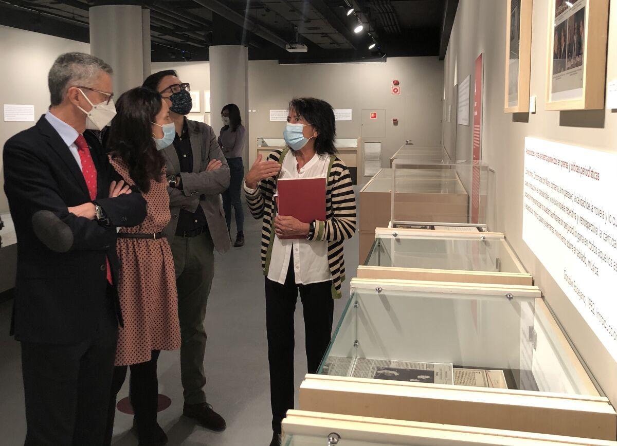 Elisa Delibes con la Fundación Cajacírculo y el Instituto Castellano y Leonés de la Lengua